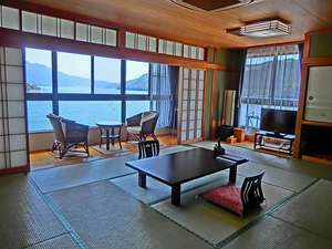 尾鷲シーサイドビュー:【305号室】 京間12畳/海側客室/バス・トイレ付