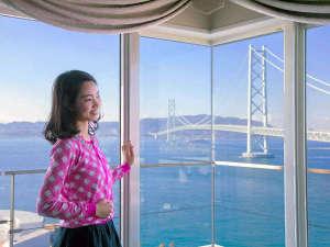 """シーサイドホテル舞子ビラ神戸:明石海峡大橋を部屋から見下ろす""""プレミアム""""な体験、これこそまさに【感動】"""