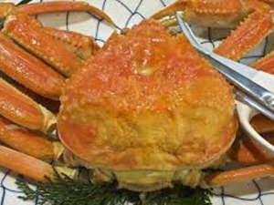 玉造温泉 玉造国際ホテル <長楽園グループ>:冬の味覚の王様、ずわい蟹♪ゆで蟹がおいしいですね!当日注文でご用意できますのでお申し付けください☆