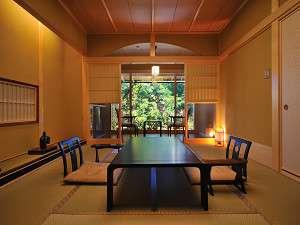 蔵宿材木栄屋旅館