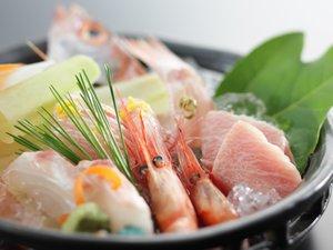 白玉の湯 泉慶:日本海の鮮魚 お造りイメージ