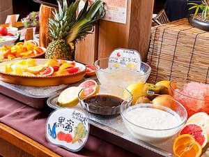 お茶の水 ホテルジュラク:食後に軽いスイーツは朝の張り詰めた緊張を解してくれますネ♪