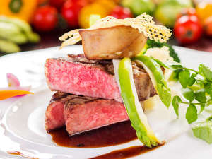 ホテルアンビエント蓼科:きめ細やかな肉質で甘味が特徴の地元立科町のブランド牛「蓼科牛」