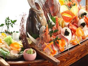 お食事を豪華に彩る、 舟盛り