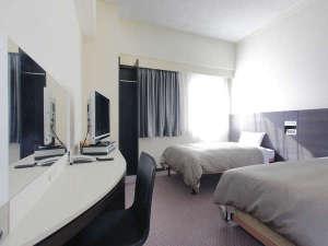 アレーホテル広島並木通(旧ホテルかめまん):コンフォートツインルーム。サータ社製ポケットコイルベッド使用