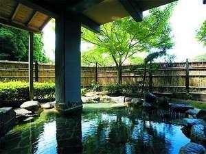 霧島温泉 純和風旅館 牧水荘:露天風呂です。ゆっくり寛いでいただけます♪