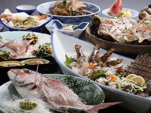 淡路島うずしお温泉 うめ丸:鯛の活造りフルコース、車エビとアワビの舟盛付