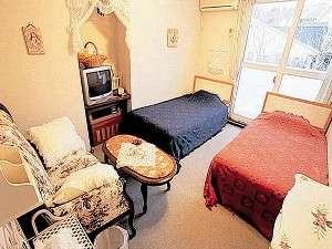 美味しい隠れ宿 ロワ:【客室】くつろげる客室で「まったり」としよう!