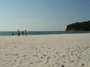民宿瀬戸(大源):きれいな白砂 白良浜へは歩いてすぐ!