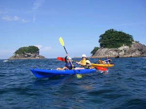 ペンションししくい:ペンション前から出発!水床湾でカヤック体験!