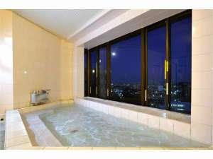 西明石リンカーンホテル:【男性専用大浴場】9Fにあり、明石海峡大橋が遠望できます。平成29年春にリニューアル予定!