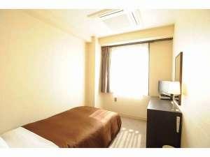 西明石リンカーンホテル:シングルルーム(一例)禁煙・喫煙はフロアーごとにご用意しております。