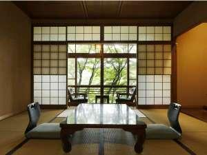 有馬温泉 ねぎや陵楓閣:静かな時間の流れる自然に囲まれた客室