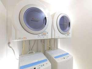 ホテルマイステイズ蒲田:ランドリーコーナー24時間利用可能洗濯機・乾燥機は無料♪♪*洗剤類は有料