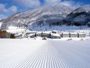 斑尾東急リゾート ホテルタングラム:◆スキーシーズン ホテルに向かって滑り降りる!幅広のメインゲレンデ