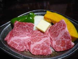 小坂の炭酸泉の宿 仙游館:飛騨牛の陶板焼き