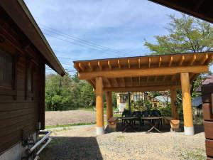 ログコテージTOMATO:2016年夏には、雨天可能のBBQ小屋完成しました