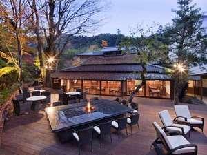 東府や Resort&Spa-Izu:御食事処「懐石茶や 水音」~テラス