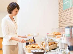 コンフォートホテル呉:ビュッフェ式の朝食です。日替わりのメニューからお好きなものをお取りください。【6:30~9:30】