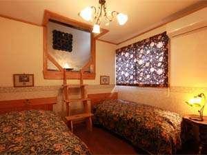 地産地消のこだわり料理 森の宿 こぐまの家:ロフト付ツインルーム
