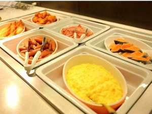 ガーデンホテル金沢:朝食バイキング(イメ-ジ)朝食の美味しい定番メニューを取り揃えています。