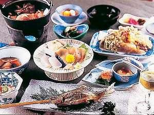 源泉かけ流しの宿 金龍園:全て手作りにこだわる夕食(一例)