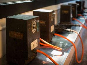 千二百年の湯めぐり 大沢温泉 賢治ゆかりの自炊部「湯治屋」 :一度お試しあれ、コインガス