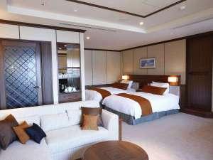 小田急山のホテル:ホテルの特別室「プレミアムルーム」では滞在を充実させるアメニティやミニバーをご用意しております