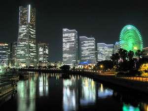 コンフォートホテル横浜関内:夜のみなとみらい21エリアを万国橋から♪