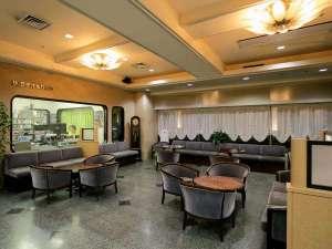 ホテルブライトイン盛岡:全国でも珍しい、フロント脇にラジオスタジオのあるホテルです。
