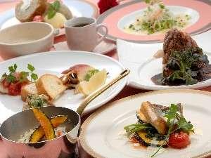 松島プチホテル びすとろアバロン:お箸で頂ける洋風懐石コース!メニューは一例です。