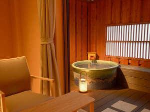 フォレストリゾート 箱根森のせせらぎ:露天風呂付き客室『薄(すすき)』(一例ですが、他の露付のお部屋もほぼ同じ作りです。)