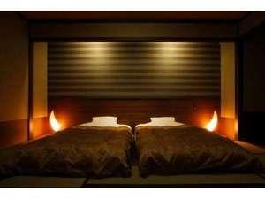 鬼怒川温泉 遊水紀行 ホテル大滝:和モダンツインベッドルームでゆったりのんびり。全てのお部屋にツインベッドが設置されております。