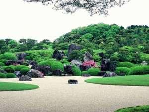 さぎの湯温泉 夢ランドしらさぎ:【足立美術館】当館より徒歩約10分!四季折々・世界一の日本庭園をご堪能下さい。