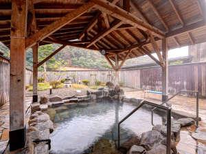 さぎの湯温泉 夢ランドしらさぎ:*【ふれあいプラザ露天風呂】景色を眺めながら良湯をお楽しみください。