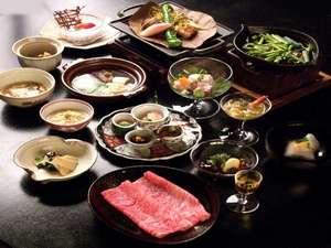 下呂温泉 アートな館 紗々羅(ささら):シェフ自慢の和風会席料理味覚膳 一例