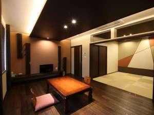 【Wタイプ】12畳の板の間&6畳の次の間は、実に贅沢でゆったりな広さ!!