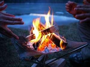 コテージ蒜山の森~コンセプトログハウスでリラックス!:グランピングに欠かせない【焚火】お手軽に安全に楽しめます。