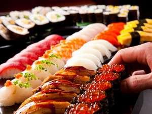 別府鉄輪温泉 源泉の湯宿 ホテル鉄輪:【夕食・バイキング/一例】豊富な種類のお寿司