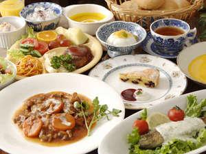 赤ちゃん・チビッコ大歓迎!  ペンション トロールの森:素材にこだわった手作りの温かい夕食
