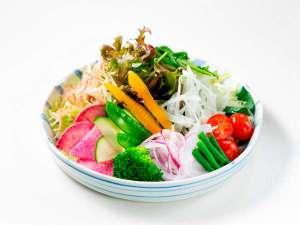 ・新鮮野菜が食べ放題