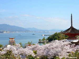 グランドプリンスホテル広島:宮島へは高速船で26分のダイレクトアクセス