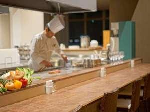 ホテル・ラ・ジェント・プラザ函館北斗:2F レストラン「Dining アロサール」