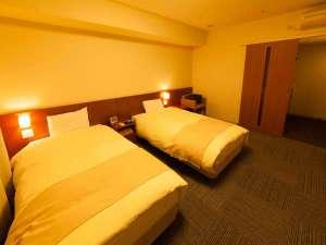 天然温泉加賀の湧泉 ドーミーイン金沢:ツイン・22平米・ベッド2台、サイズ100cm×195cm・シャワーブース