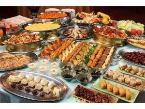 大金温泉グランドホテル:夕食バイキングイメージ