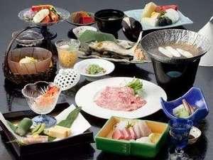 下呂温泉 川上屋花水亭:飛騨牛をメインとした 地元食材を使った 月替わりの会席料理