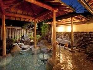 下呂温泉 川上屋花水亭:飛騨川の四季をお楽しみいただける露天風呂です