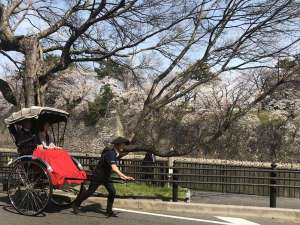 ホテルナゴヤキャッスル:ホテルから名古屋城までの人力車