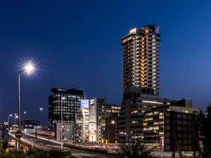 アパホテル〈新大阪駅タワー〉(全室禁煙)2021年3月30日開業の写真