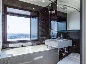 高層階デラックスツインルーム浴室